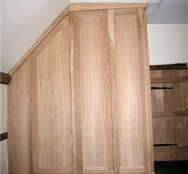 wardrobe-and-door-2.jpg